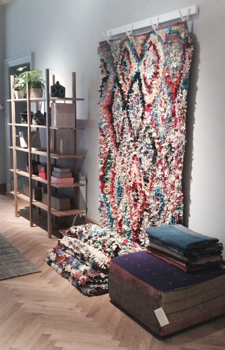 Hanging Rugs Hanging Rugs On A Wall Best Rug 2017
