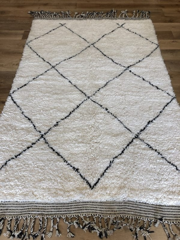 Medium Size Moroccan Berber Rug White An dBlack Geometric design
