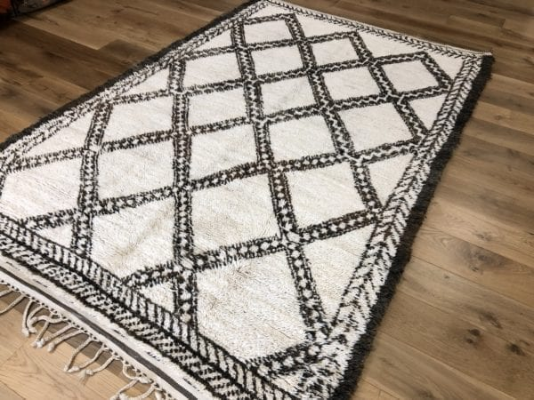 Marmocha Berber Carpet Brown Diamond Design