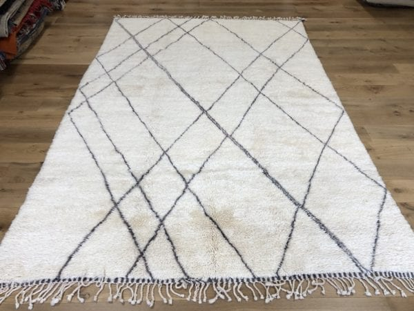 large berber rug cream and grey contemporary rug zig zag design