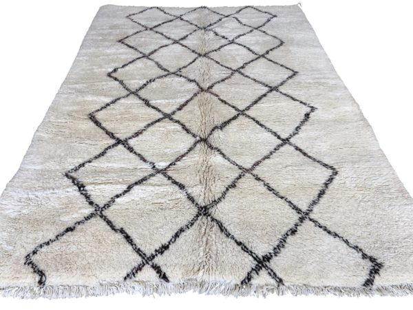new made moroccan beni ouarain large size white rug brown geometric design