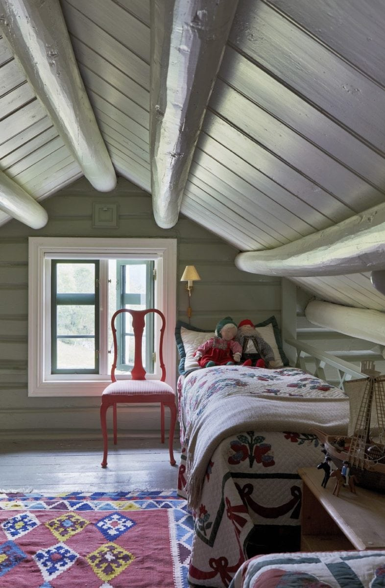 Image from Farrow & Ball, Lichen paint colour